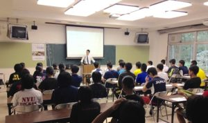 丹生高校でのスポーツ栄養学セミナー