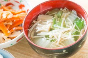 レシピ開発サンプル3(白菜とえのきの中華スープ)
