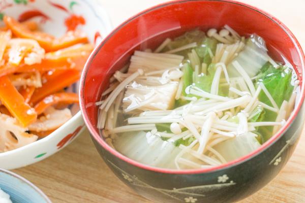 白菜とえのきの中華スープ