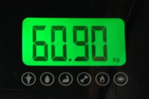 ランニング後の体重(60.90kg)