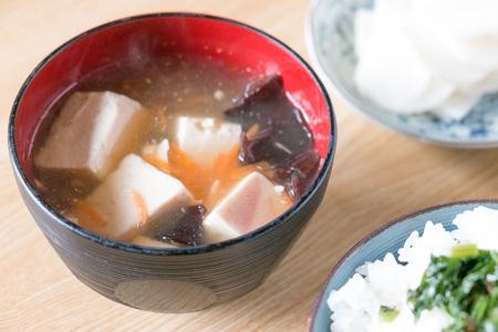 豆腐ときくらげの中華スープ
