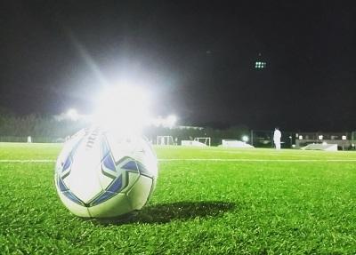 夜のサッカー場